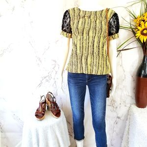 NWT! Anthropologie Tulle cute lace cap sleeve top